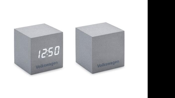 Volkswagen Wecker in Würfelform
